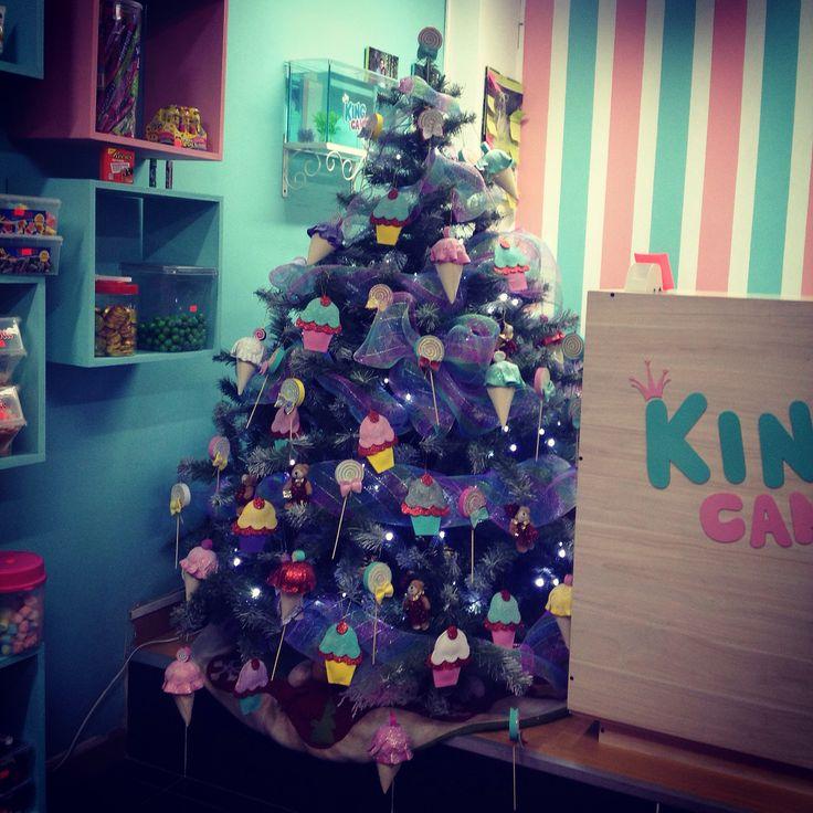 Segunda Navidad en KING CANDY que felicidad!! Un árbol muy original