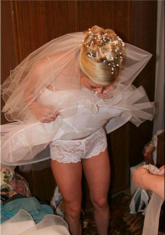 Juicy Photos Of Brides 35 Pics Wedding Pinterest