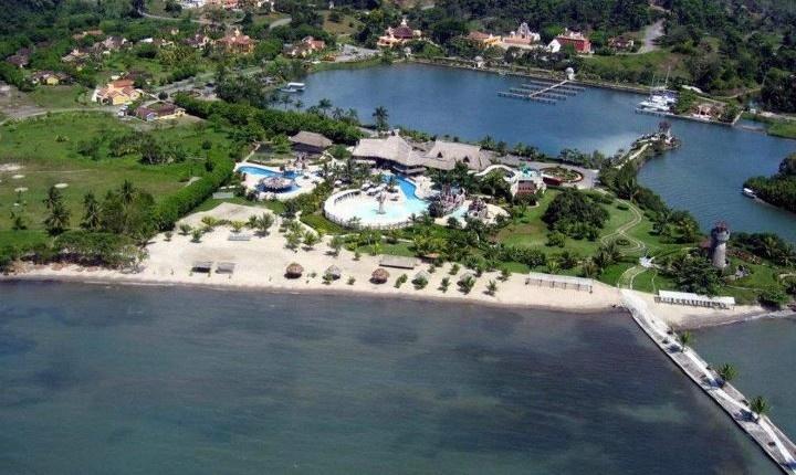 Amatique Bay Guatemala