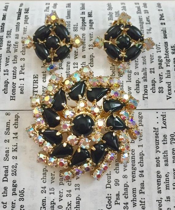 Vintage Black Rhinestone Brooch and Clip Earrings Gold Tone Set Demi Parure Set