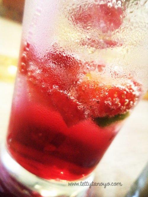 strawberri mojito