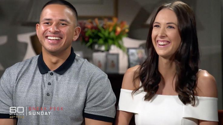 '60 Minutes' exclusive: Usman Khawaja and Rachel McLellan on why she's converting to Islam