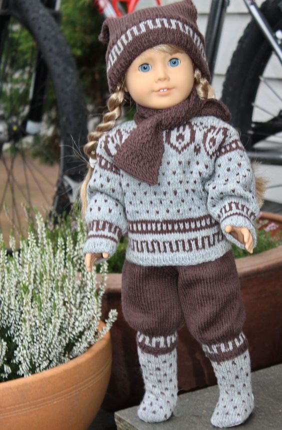 "Pretty American Girl 18"" Doll knitted outfit pattern. Nortic, swedish, kirsten"