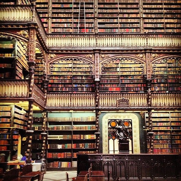 The World's Most Beautiful Libraries    http://bklynmed.tumblr.com/post/51385216489/the-worlds-most-beautiful-libraries-without