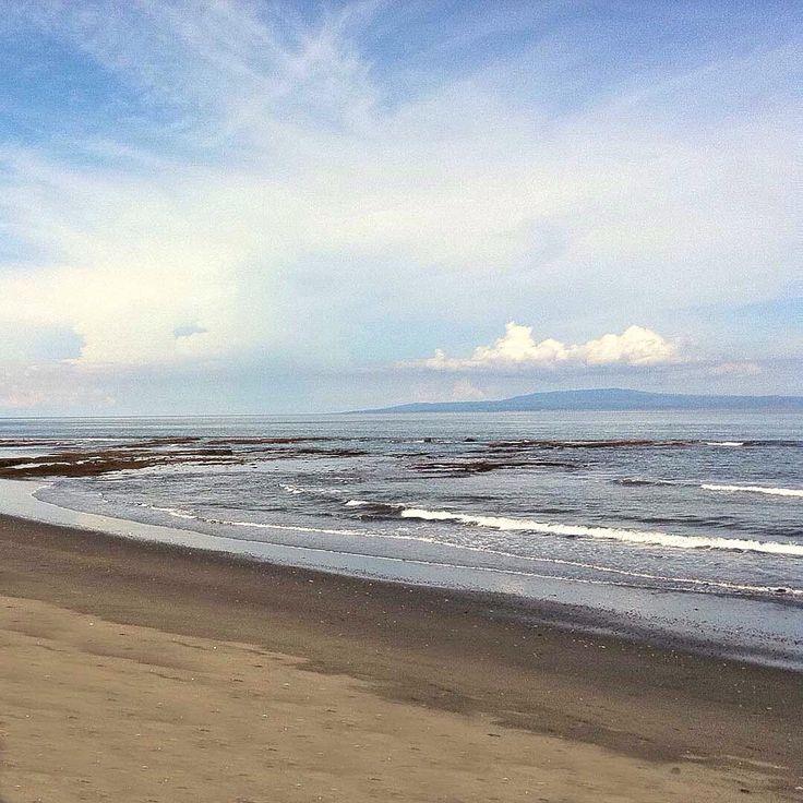 Ketewel Beach, with Nusa Penida Island in the background. Bali, Indonesia
