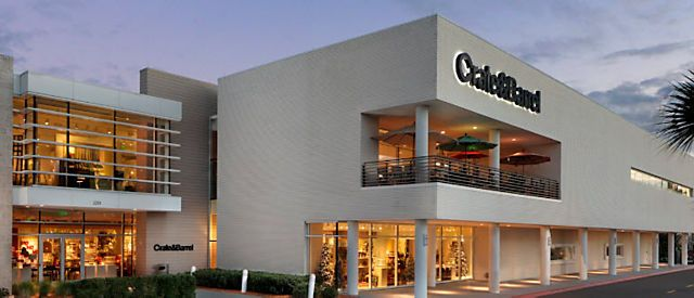 Exterior View Of Crate And Barrel Location International Plaza Modern Furniture Stores Modern Furniture Modern