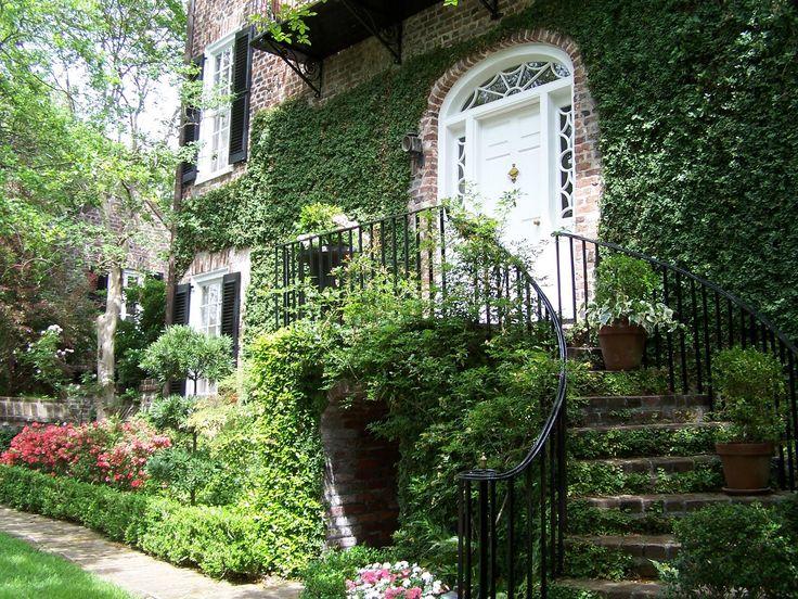 Хенни Пенни Роуз Коттедж: Чарльстон сады, розы, и цветочные ящики часть 1