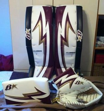 Brian's custom goalie set #brians #goaliesonly #pads #trapper #blocker