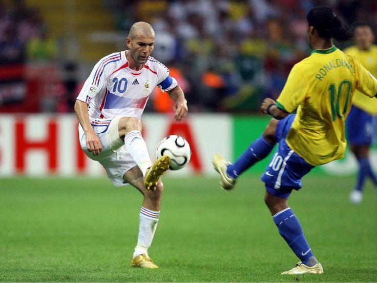 Zinedine Zidane v Ronaldinho