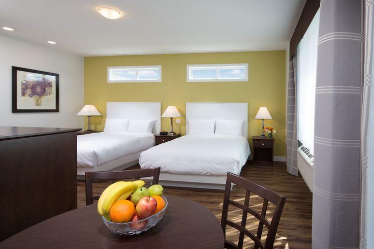 Premium guest rooms at the Kelowna Inn & Suites