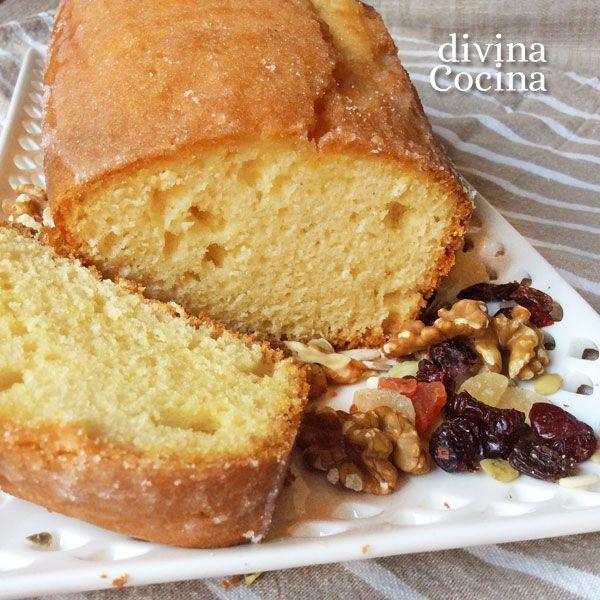 Esta receta de bizcocho con flan de sobre es sencilla, con una elaboración tradicional. Resulta un bizcocho con sabor a vainilla, esponjoso y jugoso.
