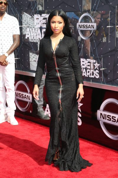 Nicki Minaj Evening Dress - Nicki Minaj looked vampy, as always, in a…