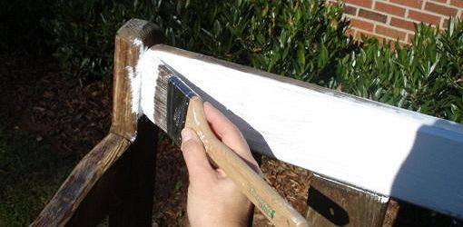 How to paint wood furniture to last outdoors