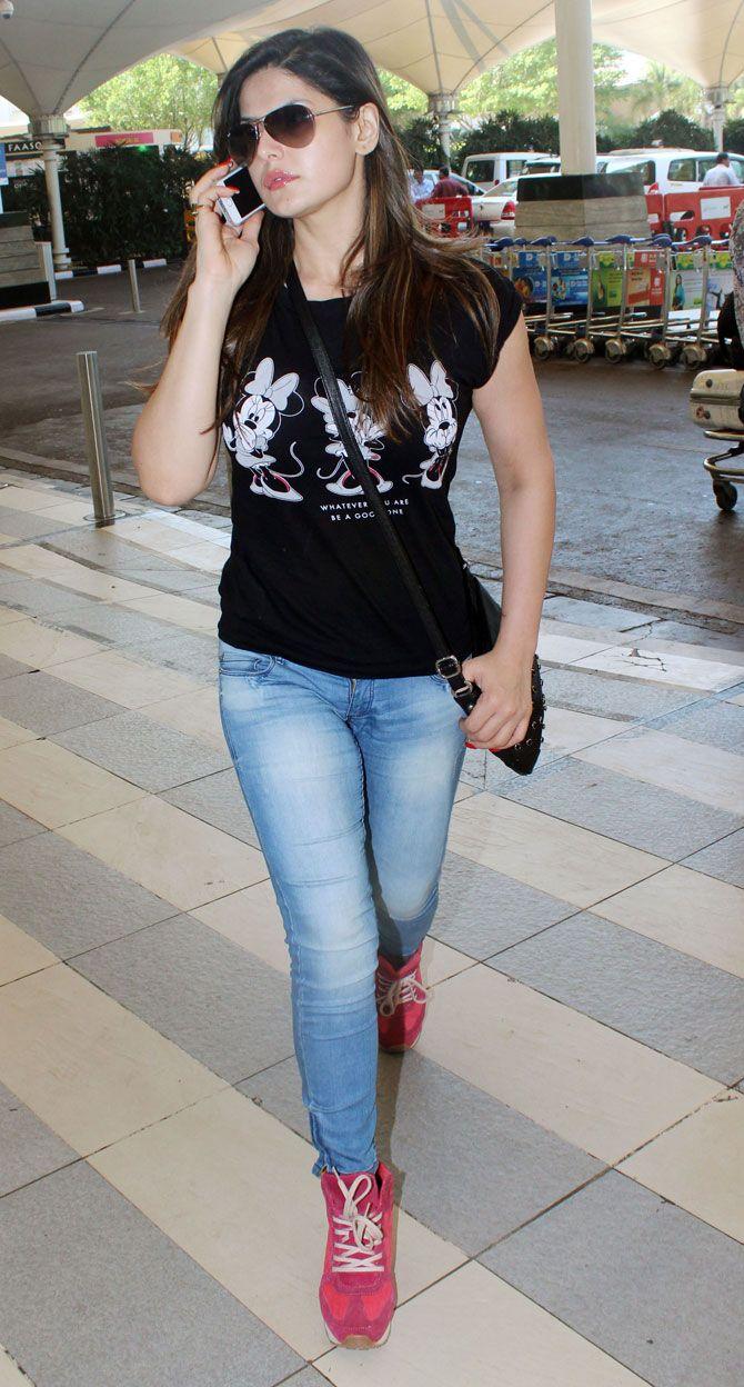 Zareen (Zarine) Khan at Mumbai airport. #Bollywood #Fashion #Style #Beauty #Hot