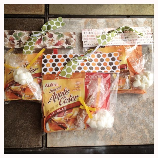 Easy Gift Idea: Hot Cocoa & Cider Goodie Bags! #cocoa #cider #gift