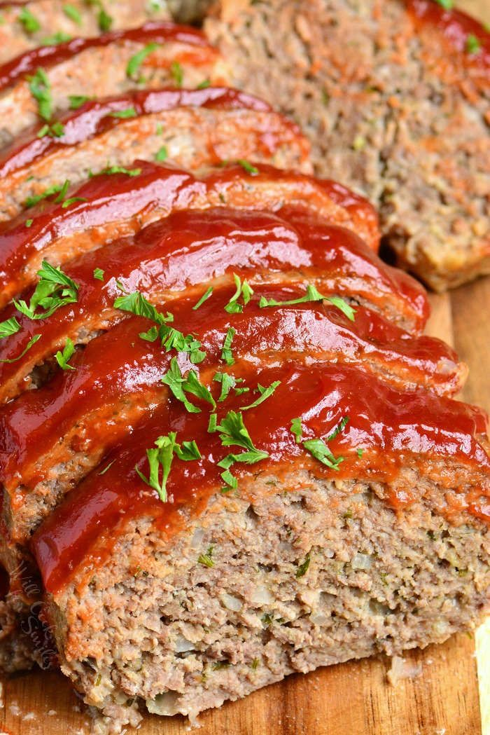 Amazingly Tender And Juicy Meatloaf Recipe It S Very Easy To Make And Topped With Delicious 3 Ingredient Glaz Meatloaf Recipes Juicy Meatloaf Recipe Meatloaf