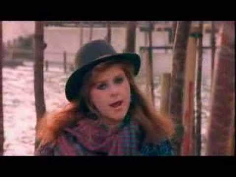 Kirsty MacColl - A New England - Billy Bragg's classic done classically.