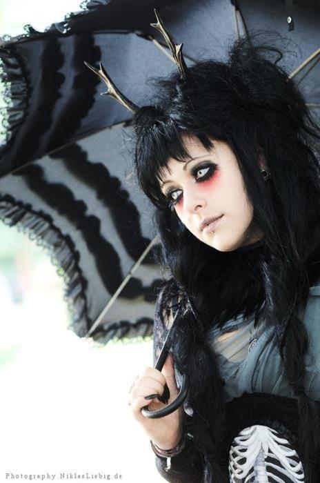 #Goth #Gothic The Dark Side Fashion ♠️