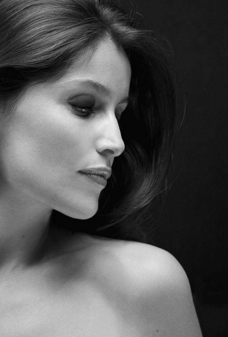 """""""Comme d'une nuit sombre ou d'un rêve agité """" ( As a dark night or a restless dream ) Photographer: Julien Vallon Model: Laetitia Casta"""