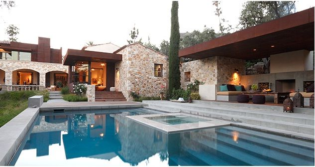 Classic contemporary house design in mediterranean for Mediterranean home plans with pool