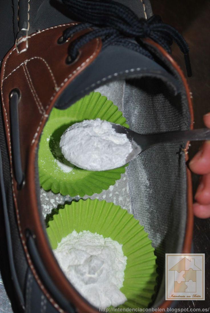 En ocasiones, la piel o material de algunos de nuestros zapatos retiene con mayor intensidad el sudor y cuesta mucho eliminarlo, y es sobre ...