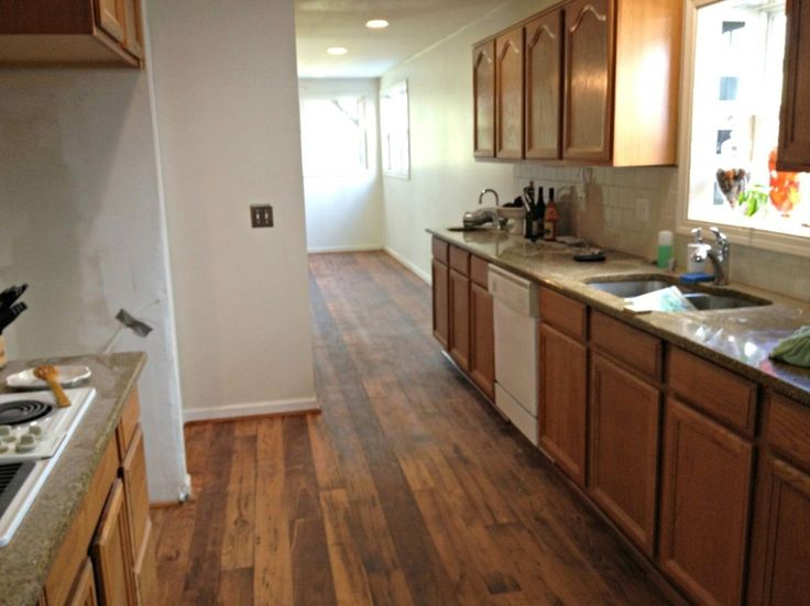 Flooring With Honey Oak Kitchen Cabinets Ideas. Kitchen Island ...