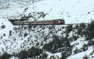 Planet Stars: Απεγκλωβίστηκαν οι τριακόσιοι επιβάτες του τρένου ...