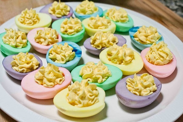 These are so pretty! food: Colored Deviled Eggs, Glasses Container, Food Colors, Eggs White, Boiled Egg, Food Coloring, Easter Eggs, Devil Eggs, Easter Ideas