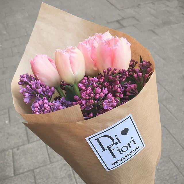 🌷💕🌸  www.difiori.hu  #Tavasz #difiori #Tulipán #virág #csokor #DifioriVirágszalon #MonddElVirággal #Spring #Floral #Tulips