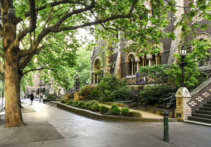 'Scots Church'. Collins Street, Melbourne. © G.C. Campbell.
