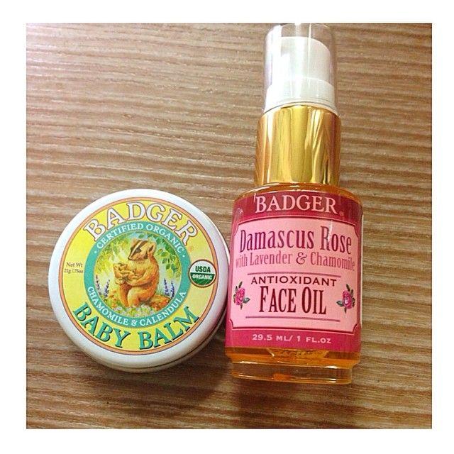 バジャーの2アイテムをGET☆ ダマスクローズオイルはベタベタせず、今の時期に最適!! 敏感肌用バームはカモミールの香りにかなり癒される〜。 バジャーの商品は安心して使えるし、アナグマのイラストが可愛くて大好き♡ #バジャー #badger #スキンケア #コスメ #オーガニックコスメ #ダマスクローズ