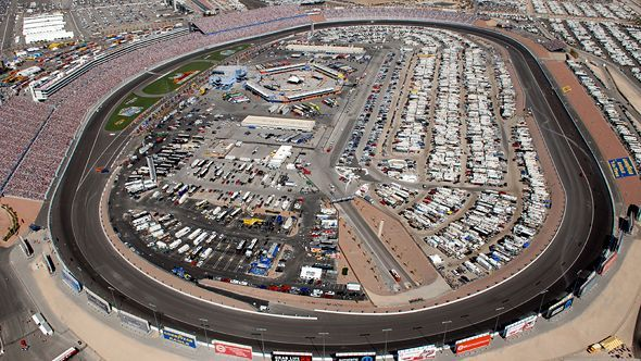 nascar travel guide to las vegas motor speedway travel