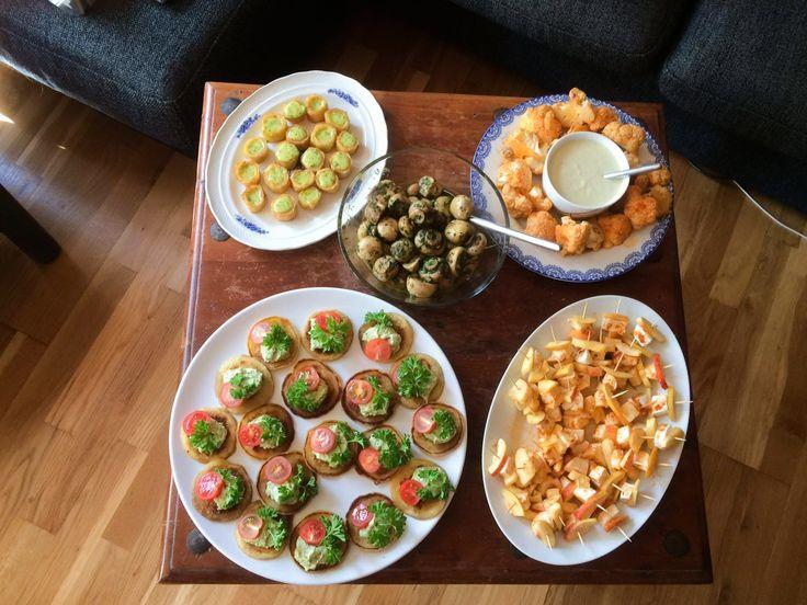 Hvad serverer man, hvis man skal lave en glutenfri vegetarisk tapas? Læs mit forslag her, med forskellige små retter alle glutenfri og helt uden kød.