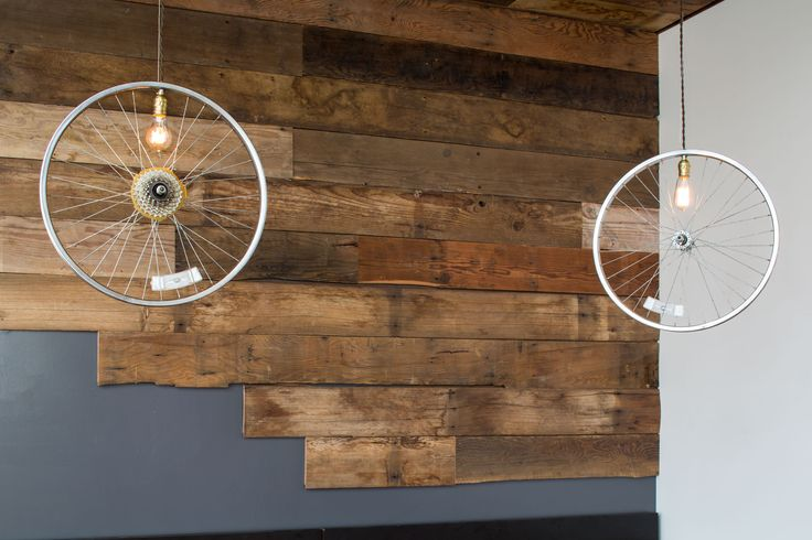 Reclaimed Wood Accent Wall in Boise Fry Company | Hammer & Hand