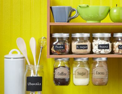 StorageKitchens Organic, Chalkboards Painting, Extra Storage, Cabinets Storage, Glasses Jars, Mason Jars, Storage Ideas, Kitchens Storage, Jars Lids