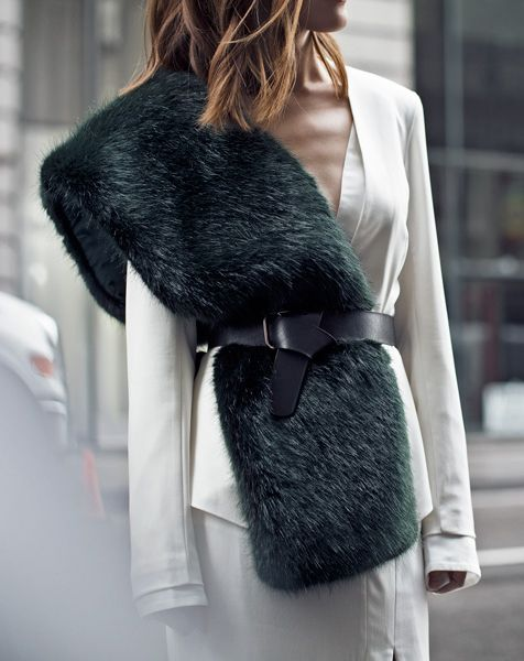 Bold Details | Polished Minimal | Street Style | HarperandHarley