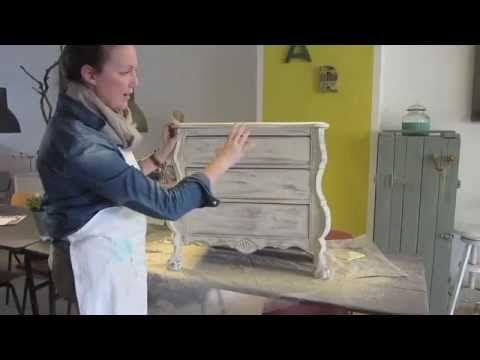 Annie Sloan Chalkpaint™ | Twee kleuren krijtverf doorschuren | Distresse...