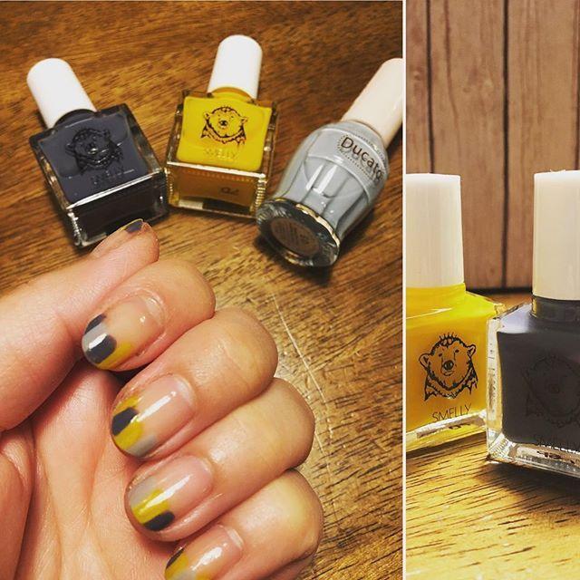 涼し気な色合いにしてみました。黄色が良いアクセント💛 #ネイル #セルフネイル #デュカート #マニッシュグレー #スメリー #smelly #urbanresearch #ナノハナ #センチメンタル #がセンチメンタルを呼ぶ #10:0