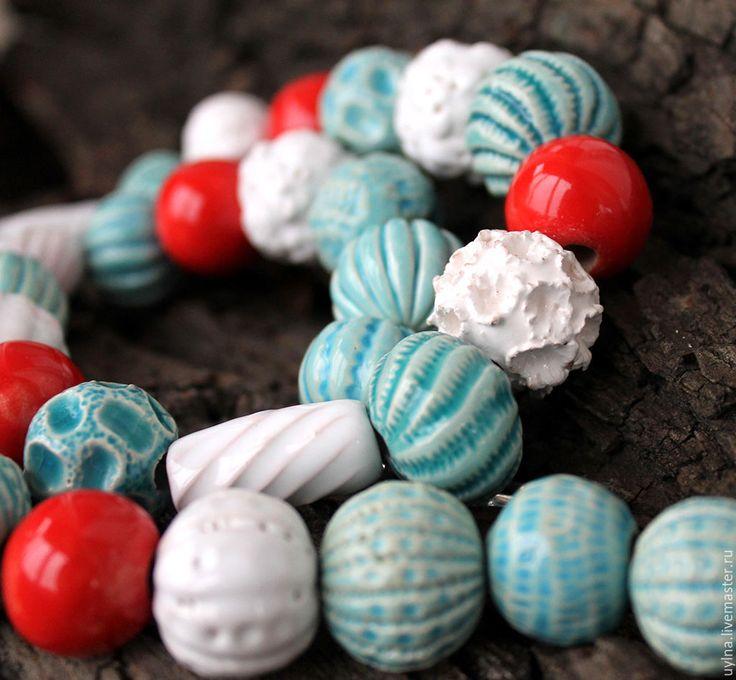 """Купить Бусы, колье """"Снегири"""" из авторских бусин, керамика - бусы керамика, бусы керамические, бирюзовый"""