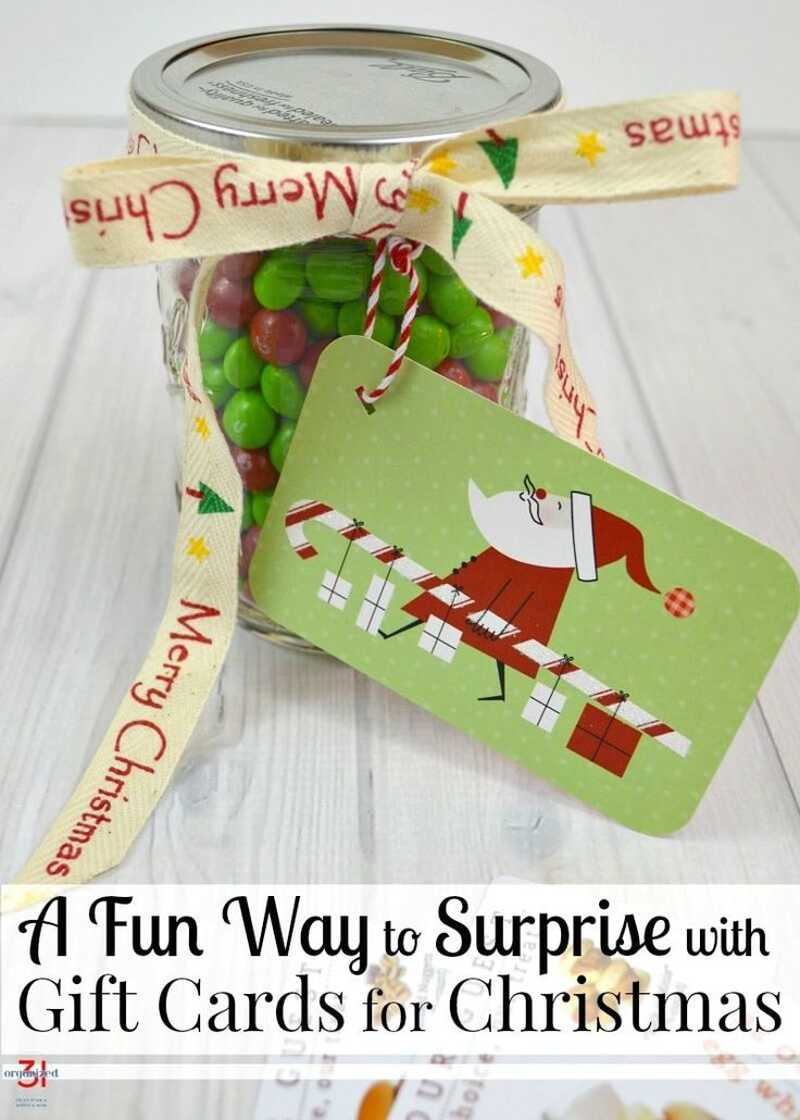 Giving gift cards can be fun with surprise gift cards Christmas gifts that are quick and easy to make. Jazz up gift card gift giving with this fun idea. #christmasgiftsdiy
