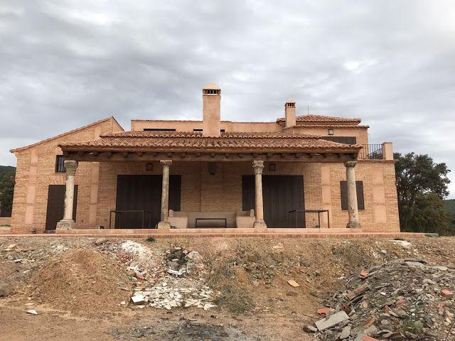 Arquitectura Ornamento Y Obsesion Casa De Campo En Los Montes De Toledo Toledo Casa De Campo Losas Macizas