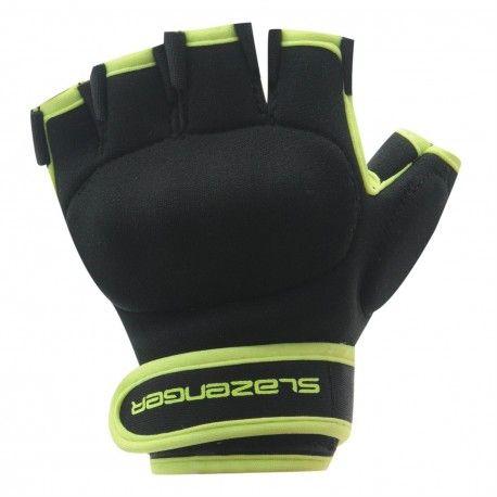 Comprar los guantes de hockey Slazenger Astro te da comodidad y seguridad al mejor precio. Visita nuestra tienda online y consigue un guante de hockey barato