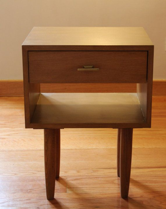 Retro Style Container Bedside Table: WoodWorking Projects & Plans