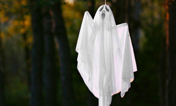 Fantasmi di Halloween fai da te per una casa…spritata! | Artiste per casa