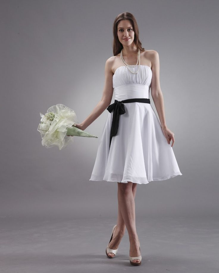 Strapless-Line-Chiffon-Knee-Length-White-Bridesmaid-Dresses
