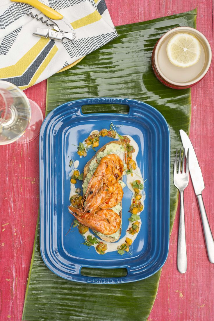 Le Creuset Vida Brazil (Recipe: Grilled Prawns and Crushed Avocado on Toast)