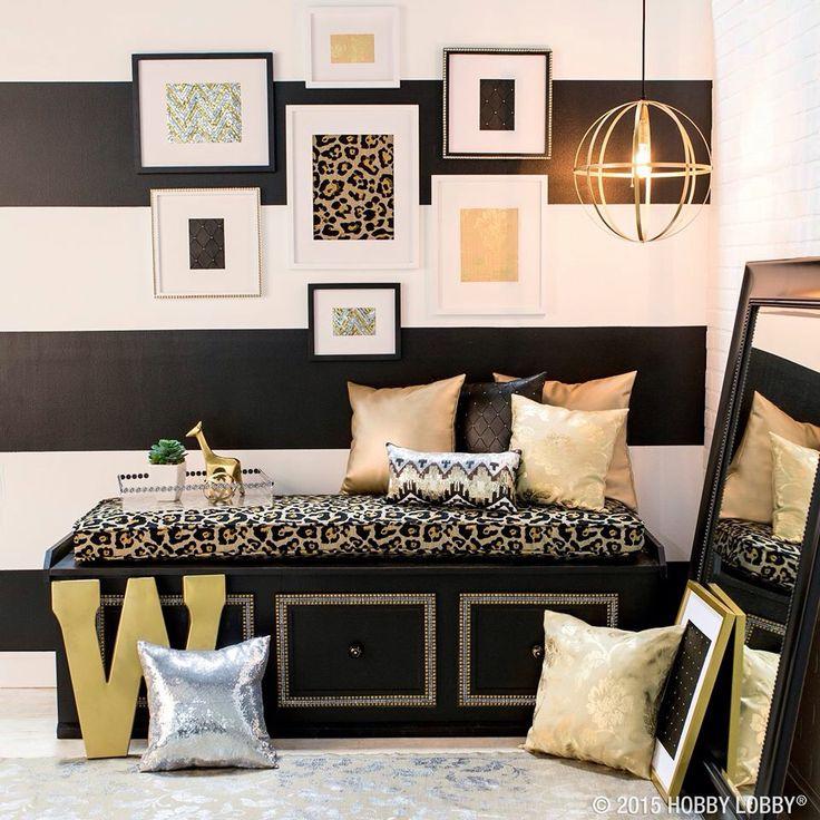 Gold and black | Apartment Decor | Pinterest | Apartments