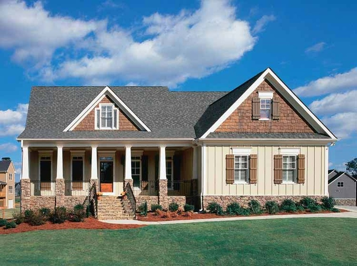 Exterior front view cape cod house plan homes result for Cape cod house exterior design