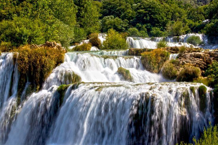 """""""Wasserfall"""" ein Foto von LittleCoco aus unserem aktuellen CEWE Fotowettbewerb https://contest.cewe-fotobuch.de/reisefoto-2016?sref=om_seo_bing_x_16523_x #cewefotowettbewerb #reise"""