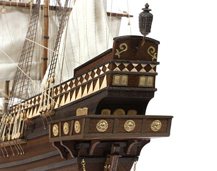 Galeone Buccaneer. Das Schiffsmodell Buccaneer entspricht einem der damaligen Schiffe, die auf Kaperfahrt unterwegs waren.